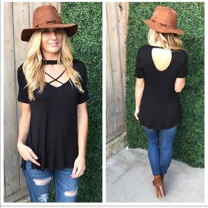 🌸JUST IN🌸Black Cross Front Choker Top